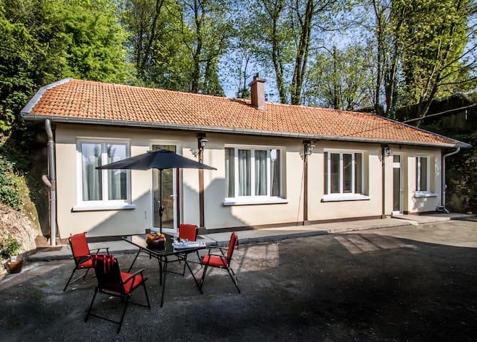 Idyllisches Bauernhaus 100 m2 mitten in der Natur. - Bièvres - House