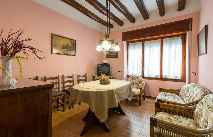 Comfortable house in Torroella de M