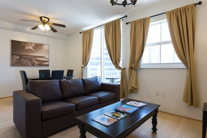 Fully Equipped One Bedroom Apartment Brickell