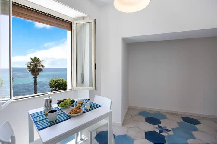 Blue suite vista mare