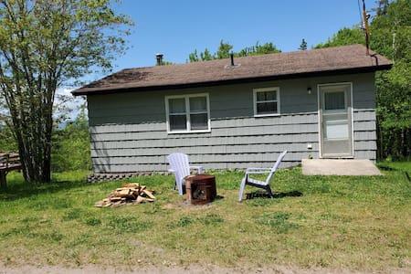 2 BDR cottage - 420 friendly (2 of 3)