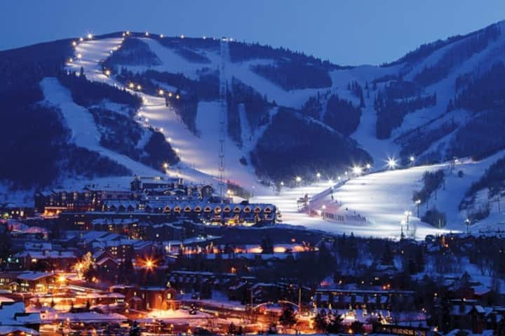 35% OFF!! SKI IN/SKI OUT; New Years! (12/26-1/2)