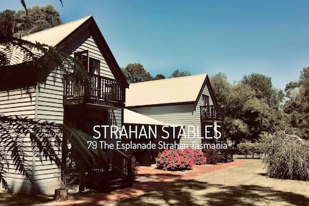 Strahan Stables #4      Rough-Luxe Accommodation