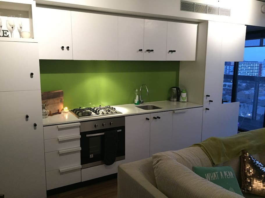 Kitchen with fridge, freezer, oven, microwave, dishwasher and all other white goods