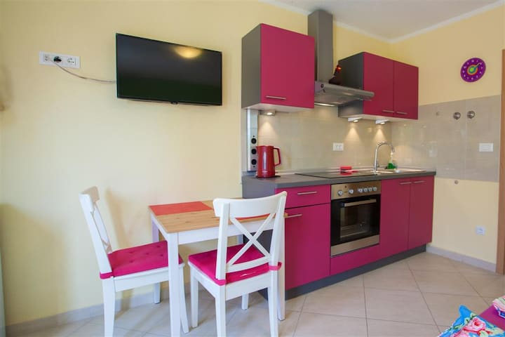 Studio apartment - Cres - Apartment