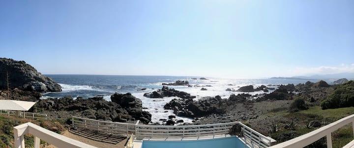 Casa de descanso a orilla del mar, única vista!