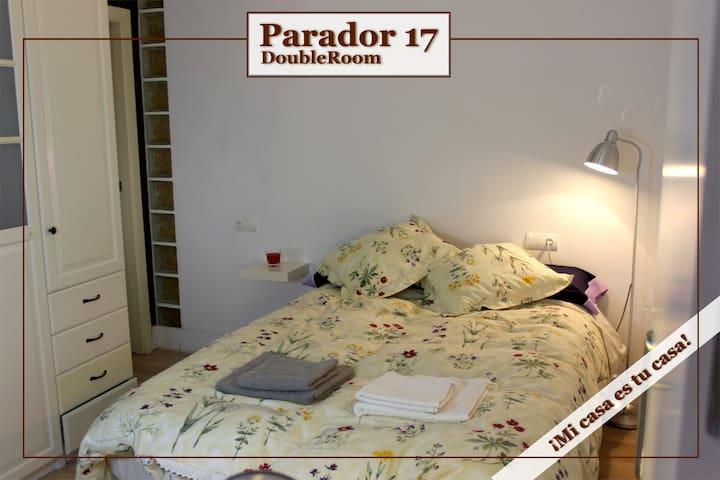 Dormitorio doble (cama 135cm)