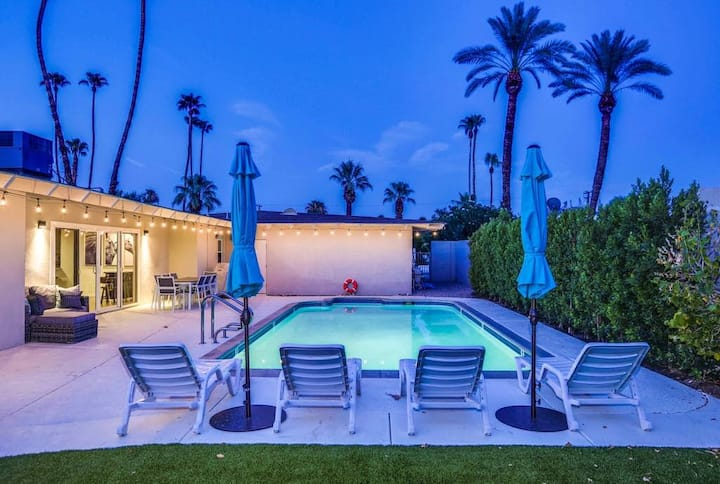Walk to El Paseo! Remodeled home w/ pool, hot tub & gaming systems!