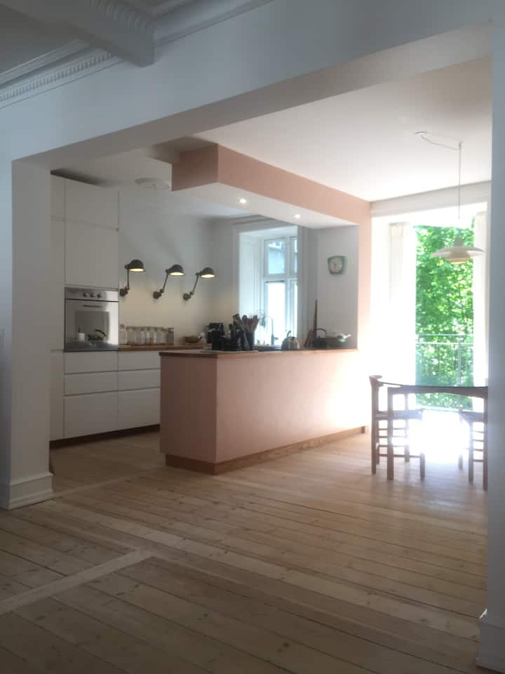 Scandinavian luxury flat with stunning location