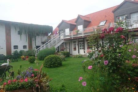 Gästewohnung direkt am Wasser - Usedom