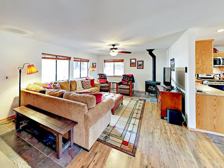 Family-Friendly Home with Big Yard, Deck & Hot Tub