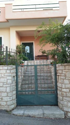 malaxa home - Chania - Casa
