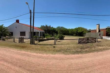 Hermosa Casa en Barra del Chuy a 100m de la playa!