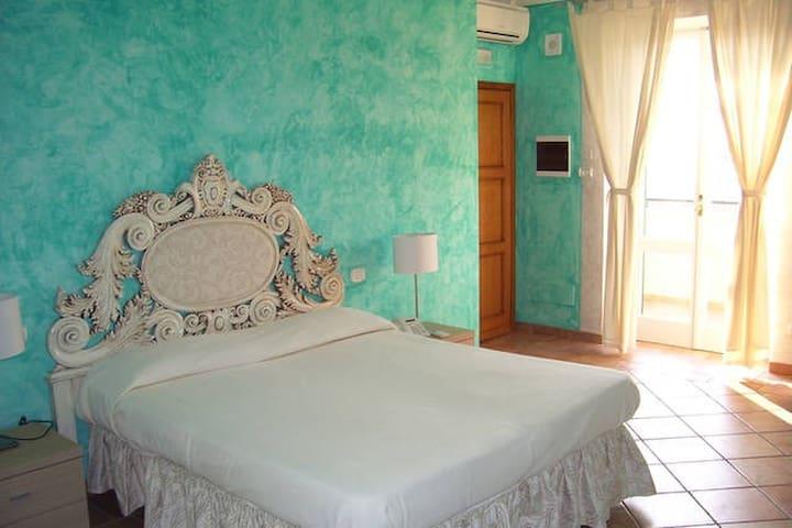 B&B Casale Sant'Angelo: suite con terrazzo privato - Capalbio - Pousada