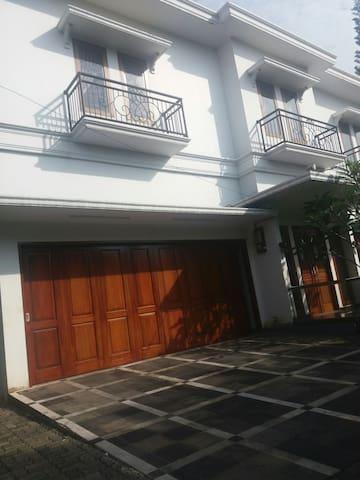 Room for rent (kosan) near Pancoran and Kuningan