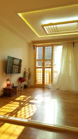 동행 10평 독채(콘도형) 한옥마을 도보5분 - Jeonju-si - Appartement