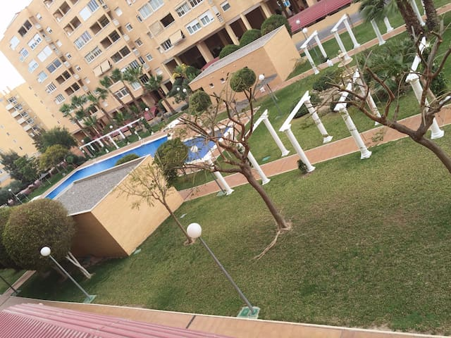 Apartment with swimming pool and parking Alicante - Alacant - Apartment