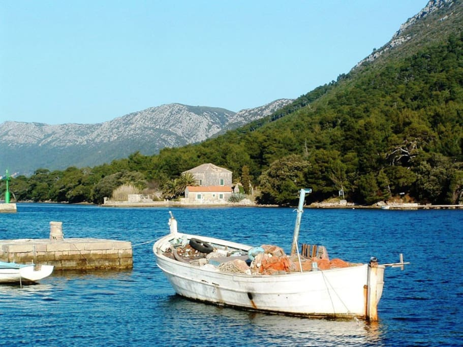 Broce harbour, a delightful and tranquil spot just five minutes walk from the villa.