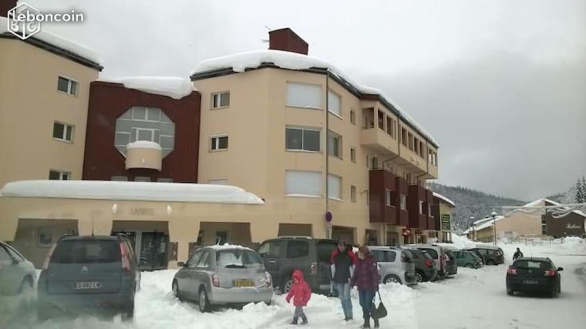 ski à Prémanon station les rousses