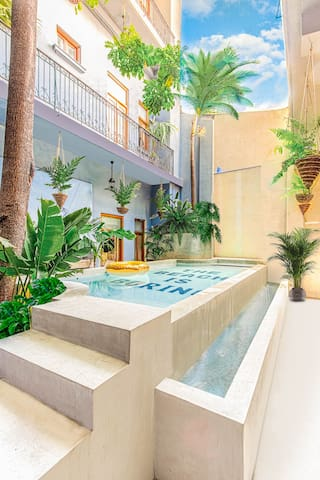 Pool, private rooftop with double room A2