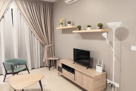 NEW 3+1BR Cozy Stay Wifi@ Lakepark Residence (LP1)