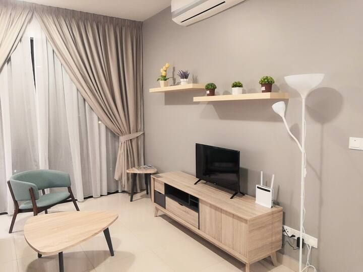 NEW 3+1BR Cozy Stay Wifi@ Lakepark Residence (LP1)