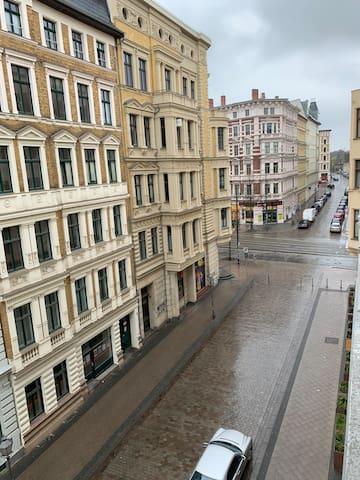 Fußgängerbereich in Richtung Breiter Weg aus dem Appartement