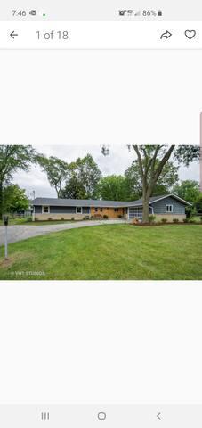 Barrington, IL entire home avail