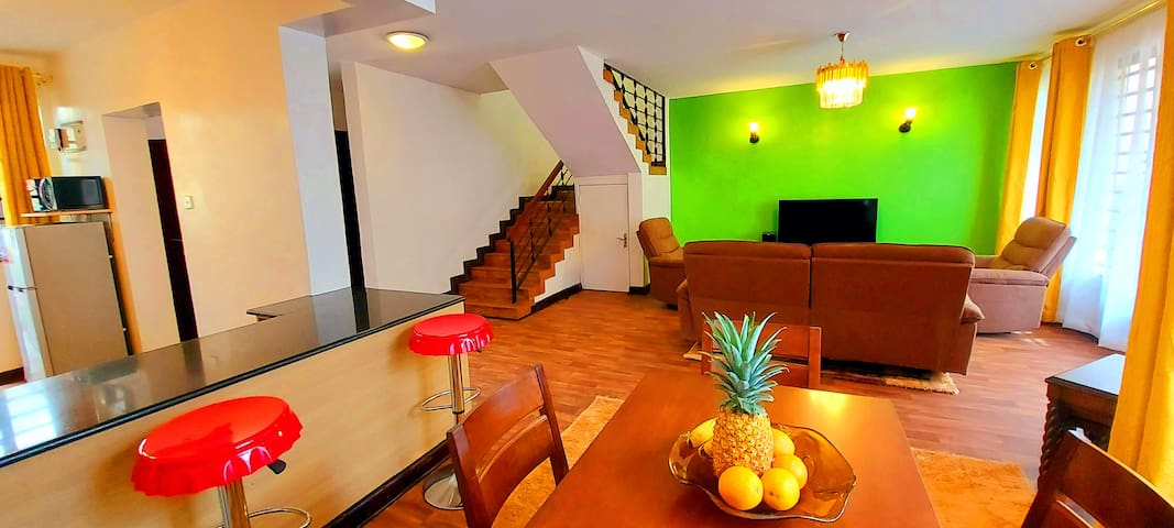 Cosy home near JKIA airport, SGR with Wifi-Netflix