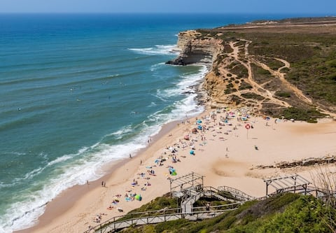 Ericeira Private Room 5m to the center and beaches