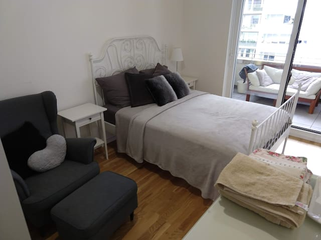 2 Private rooms in Berlin (CheckPoint-Charlie)