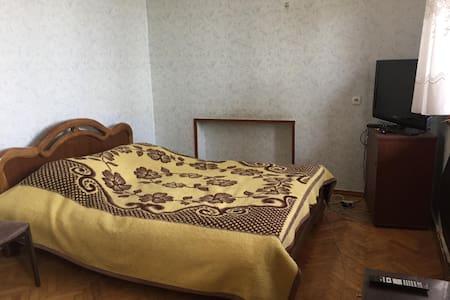Sunny Room in Bakurtsikhe