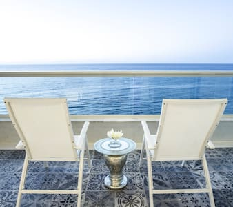 Luxury Seafront Apartment for Rent - Sliema