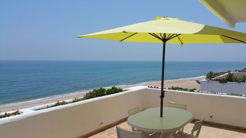 Superbe appartement face à la Méditerrannée - M'diq - Apartment
