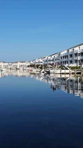 Beautiful Bayside Ocean City Condo