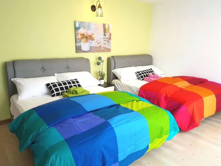Upper duplex with 2 comfortable queen size beds