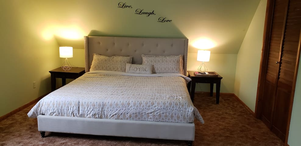Oversize king size bedroom and plush sealy mattress