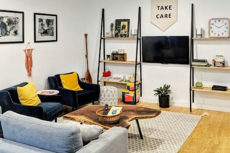Take Care Studio - cozy, modern, dog friendly.