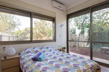 """Beit Nurit"" Galilee Quiet  Point near Carmiel 2 - Apartamento"