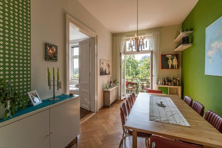 Spacious apartment in a central location - Frankfurt am Main - Apartment