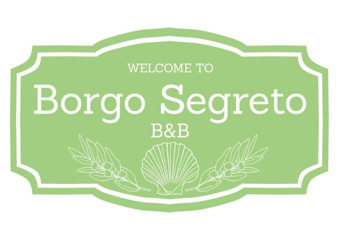 """B&B Borgo Segreto - stanza """"Il FALCO"""" - Volastra - Bed & Breakfast"""