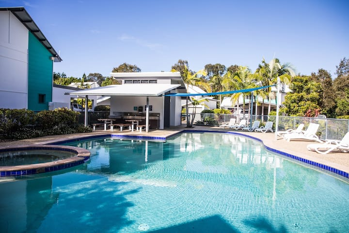 2 Bedroom Villa in Tropical Resort in Noosaville