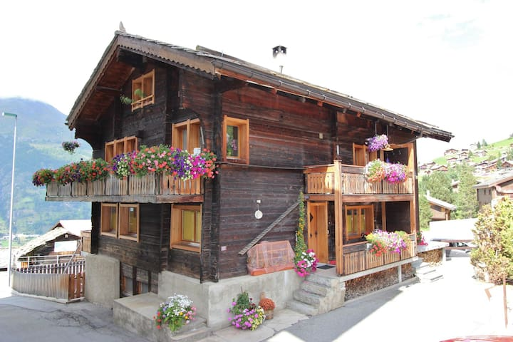 Espacioso Apartamento en Grächen con el esquí cercana