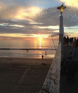Hermosa Beach Vacation Rentals On The Strand