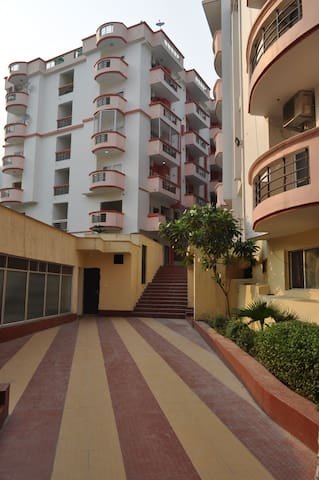 Fully Equipped Hill View Apartment. - Rishikesh - Apartment
