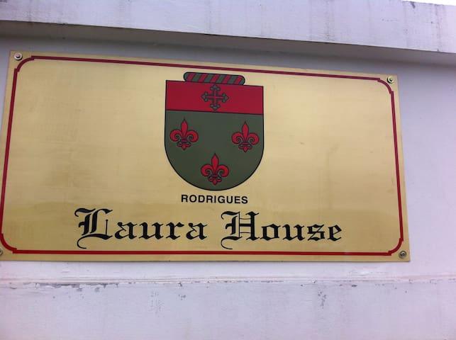 Laura House - Urubici - Maison