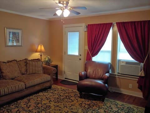 Furnished 1st Floor Apartment in quiet, safe area