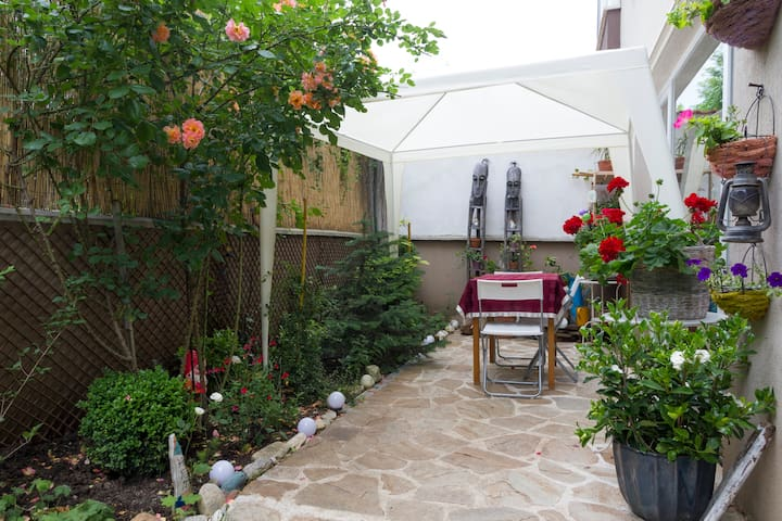 Long-term rental for large 2B&B place with garden - Sofia - Appartement