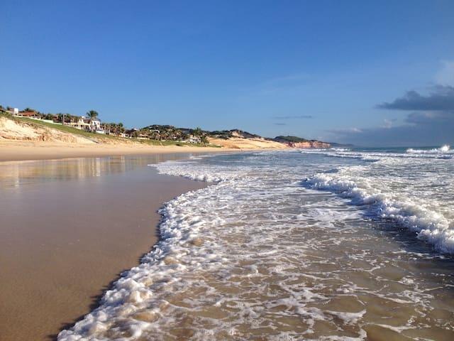 Flat Praia Cotovelo perto de Natal e Pirangi - Parnamirim