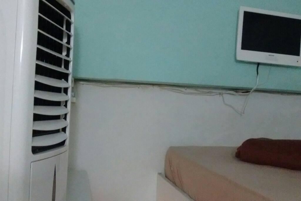 Climatizador + Tv (Internet Legalizada) + Parte Cama (Solteiro 1.90X90)